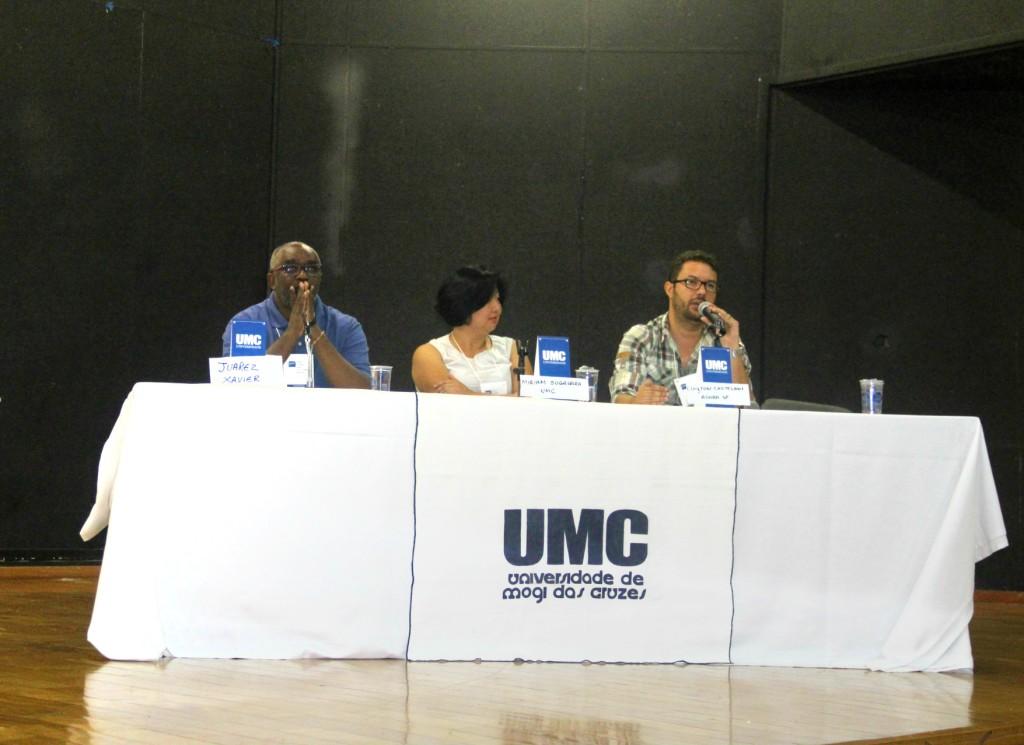 Xavier (Unesp), Miriam (UMC) e Castelani (Agora SP) discutiram o mercado de trabalho